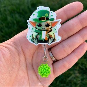 Baby Yoda St.Patrick Badge Holder